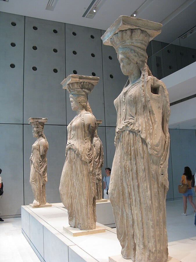 Porch_of_the_Maidens_Caryatids